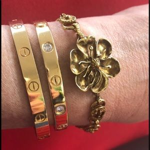 Gucci bracelet NWT